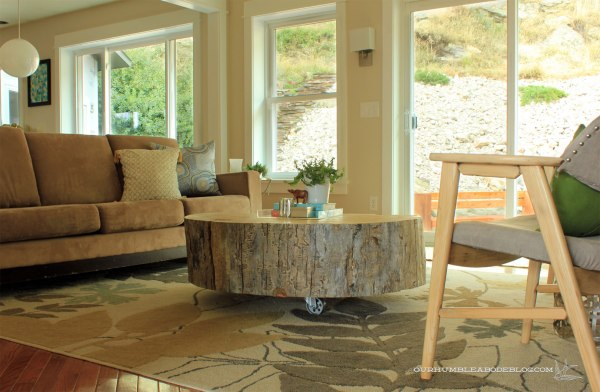 Stump-Coffee-Table-in-Family-Room-Toward-Doors