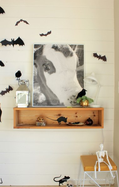Halloween-Entry-ConsoleDecorations