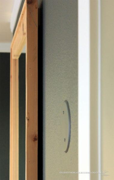 Framed-Wall-Mirror-Gap