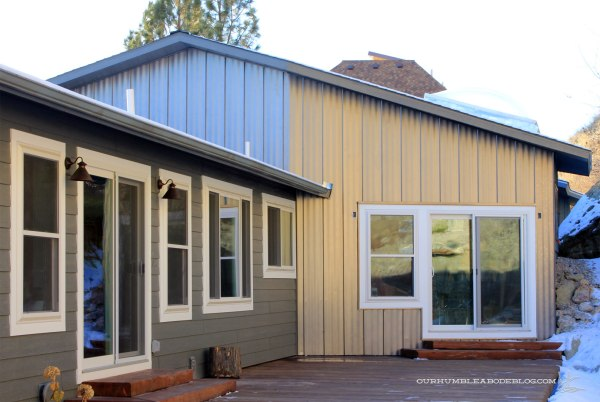 Standing-Seam-Steel-on-Back-of-House