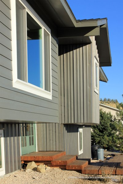 Standing-Seam-Steel-on-Front-from-Side-Yard