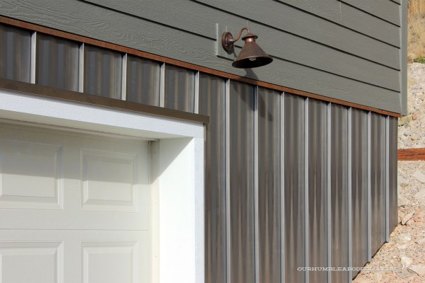 Steel-Siding-on-Garage