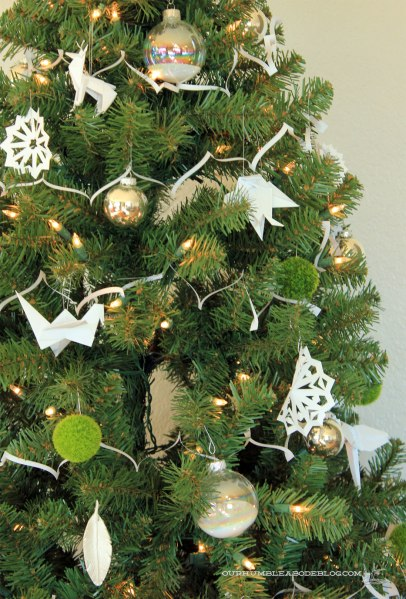 Christmas-Tree-Origami-Ornaments