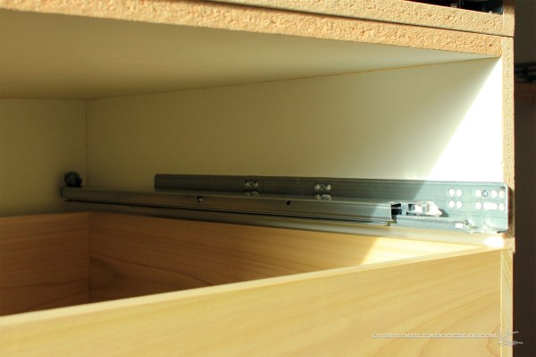 Kitchen-Drawer-Glides-Mounted-in-Box