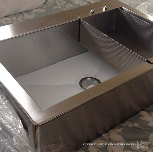 Apron-Front-Kitchen-Sink