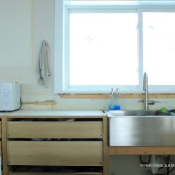 Kitchen-Base-Cabinets-and-Sink-Side
