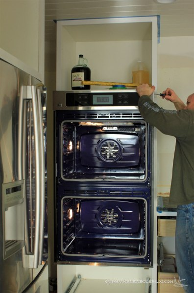 Kitchen-Installing-Double-Ovens