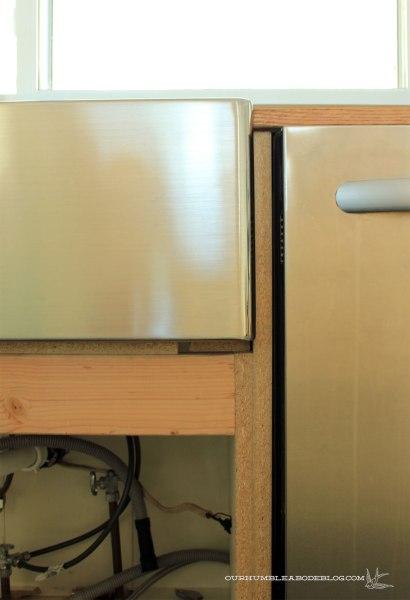 Kitchen-Sink-Bottom-Detail