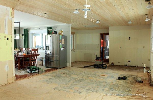 Kitchen-Subfloors-Ready-for-Backer