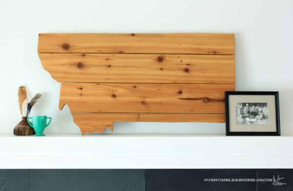 Reclaimed-Wood-Montana-Art-on-Mantel