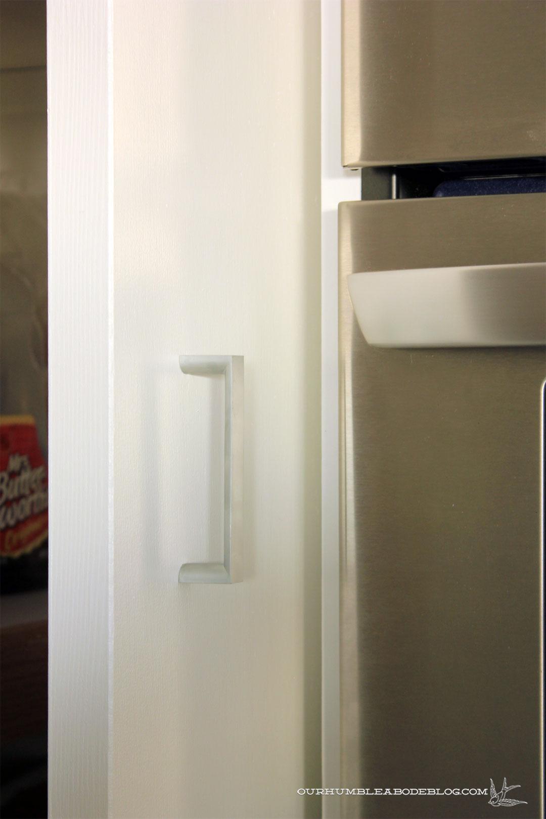 Painted Pantry Open Door Handle