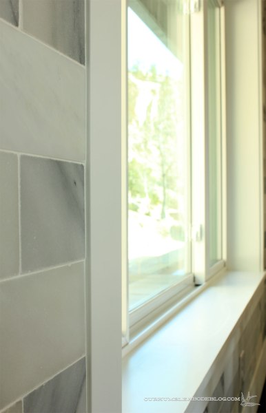 Marble-Backsplash-Around-Window
