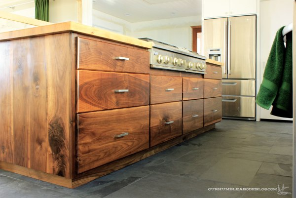 Walnut-Island-Drawer-Fronts-Finished-Overall