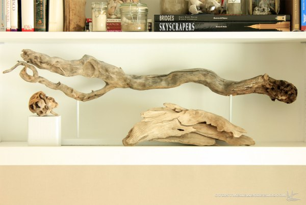 Guest-Room-Driftwood-Display-as-Art
