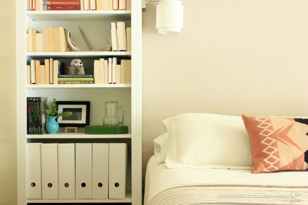 Guest-Room-Upholstered-Headboard-with-Left-Side-Bookshelf