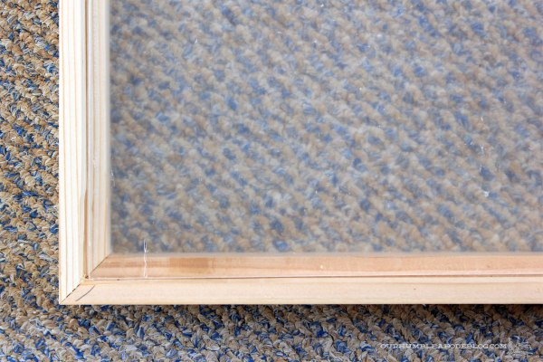 DIY-Picture-Frame-Mitered-Corner