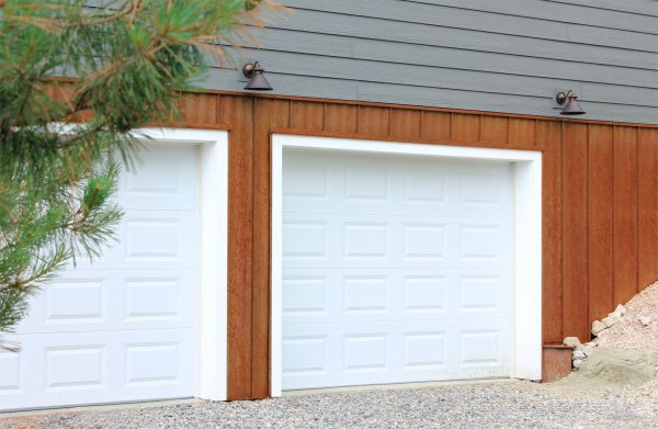 Garage-End-Rusted-Steel-Siding
