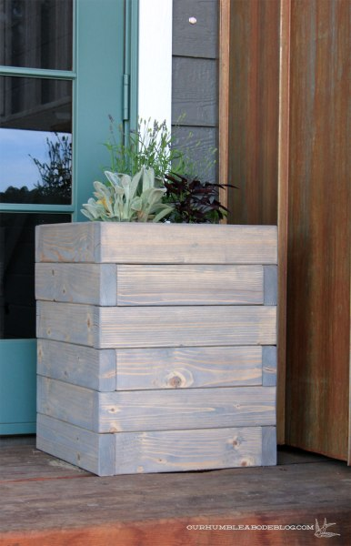 Square-Planter-Box-Filled-by-Front
