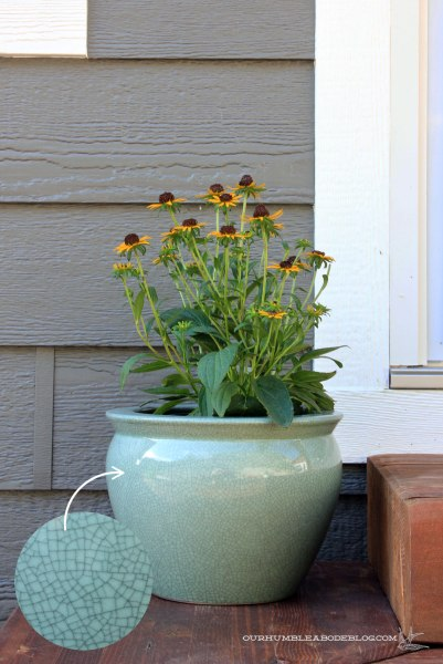Crackle-Planter-on-Back-Step