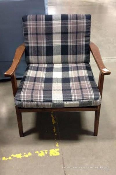 Plaid-Chair