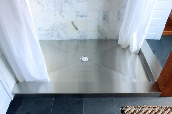 Stainless-Steel-Shower-Pan-After-Bon-Ami-Cleaning