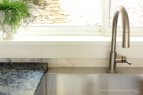 Stainless-Steel-Sink-After-Bon-Ami-Cleaning