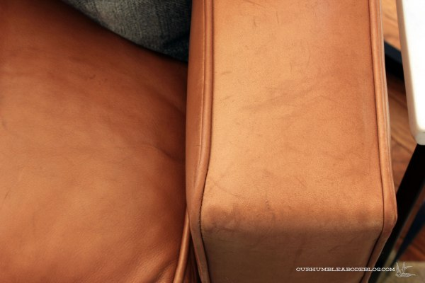 Leather-Sofa-Arm-Detail