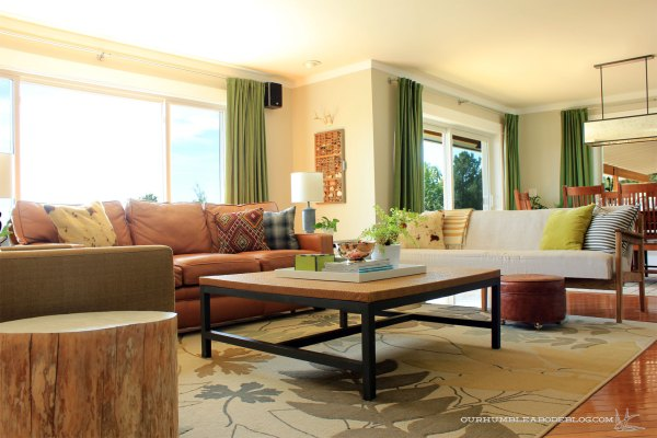 Living-Room-with-Leather-Sofa