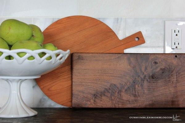 Long-Narrow-Cutting-Board-End-Detail