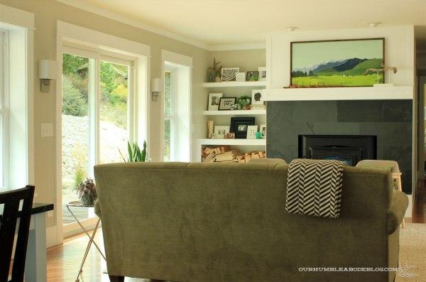Family-Room-Shelf-from-Dining
