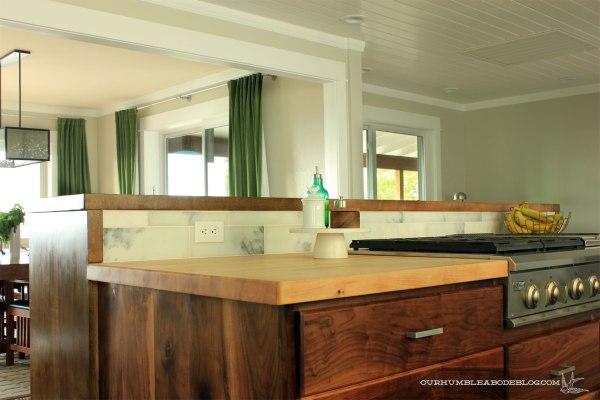Kitchen-Island-Stained-Bar-Top