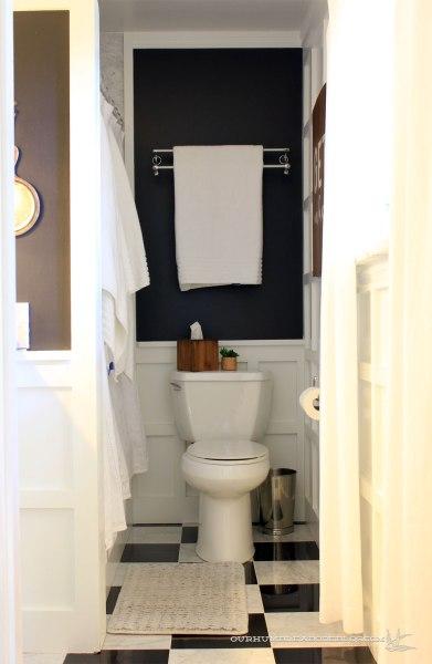 Old-Master-Bath-From-Door