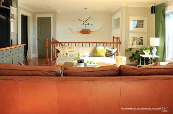 Parallel-Couch-Window-Seat-Arrangement-Toward-Stairs