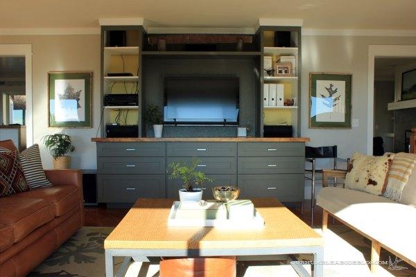 Parallel-Couch-Window-Seat-Arrangement-Toward-TV