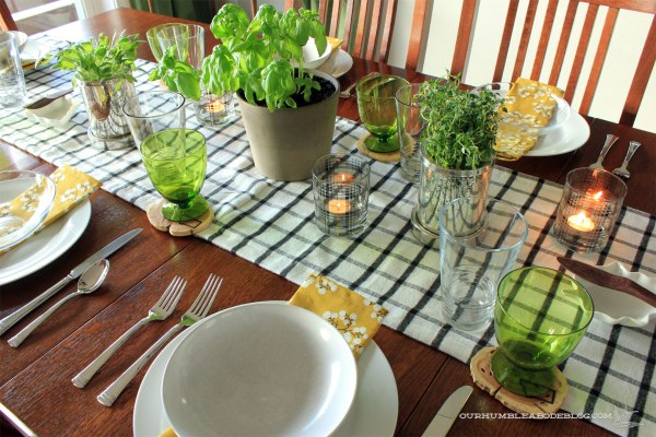 Thanksgiving-Table-Setting-Overall