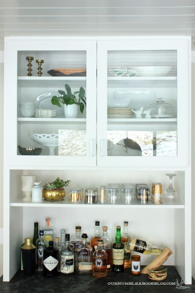 Built-in-Hutch-Upper-Storage