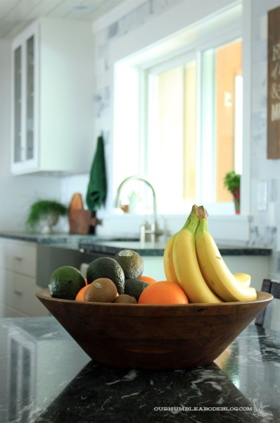 Thrifted-Wooden-Fruit-Bowl