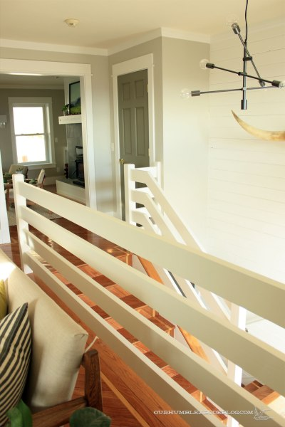 Horizontal-Railing-Toward-Closet-1