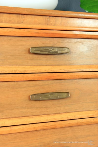 Craigslist-Dresser-Handle-Detail