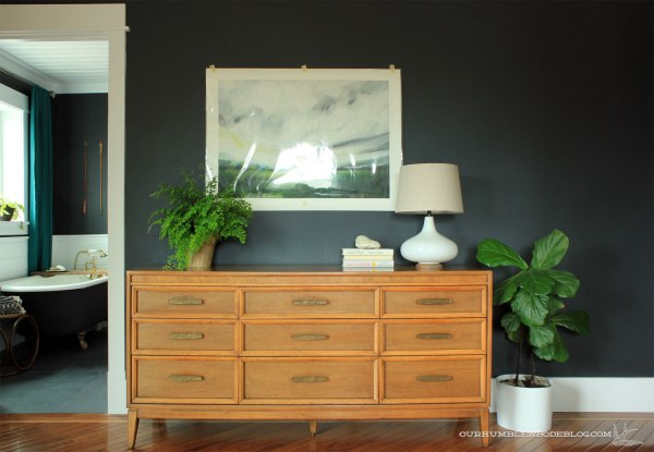 Craigslist-Dresser-with-Emily-Jeffords-Art-by-Bathroom