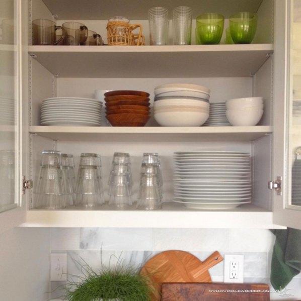 Kitchen-Dish-Cabinet