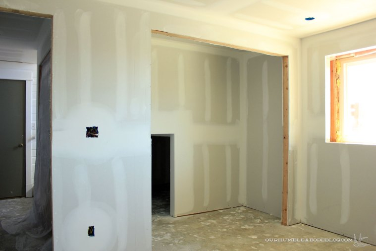 Basement-Bedroom-Closet-Sheetrock
