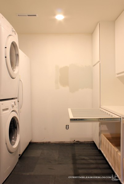 Basement-Laundry-Room-with-Drying-Rack