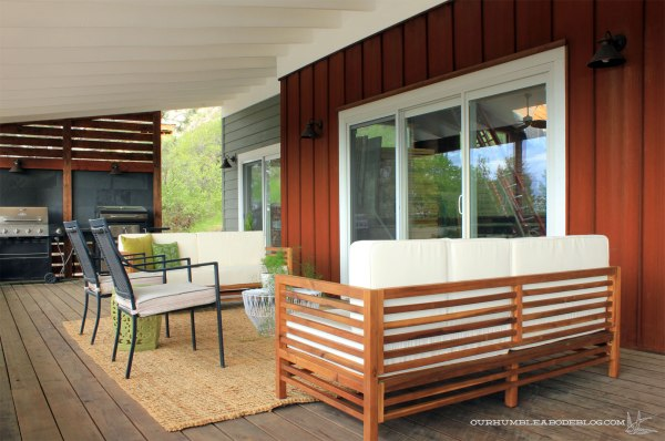 Front-Deck-Lounge-Area-Overall-Toward-Grills