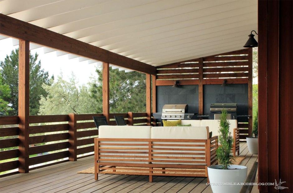 Create a cozy outdoor lounge area: https://ourhumbleabodeblog.com/2016/06/03/a-deck-makeover-cozy-outdoor-lounge-area/