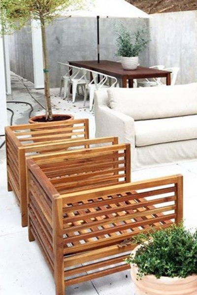 Wood-Frame-Outdoor-Chairs
