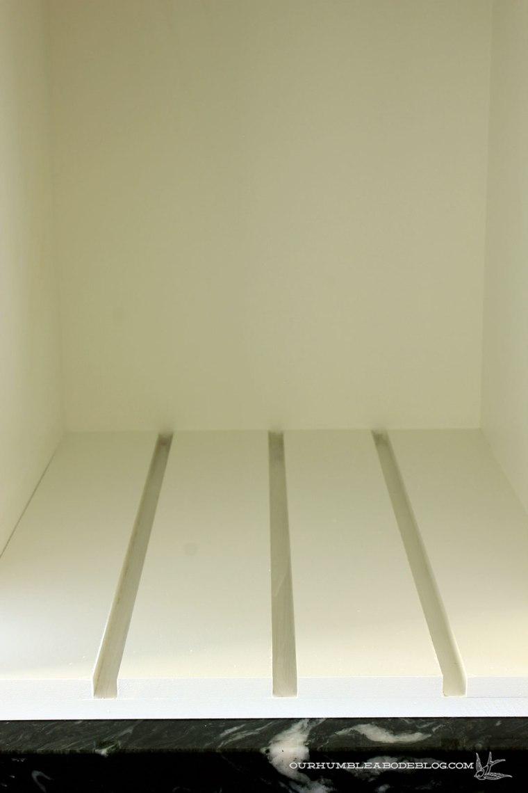 Vertical-Divider-Detail