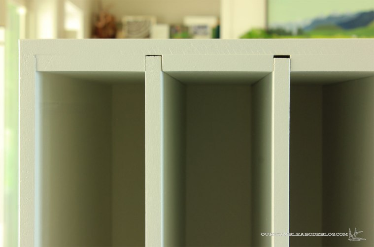 Vertical-Divider-Top-Detail