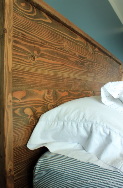 Basement-Bed-HeadboardDetail