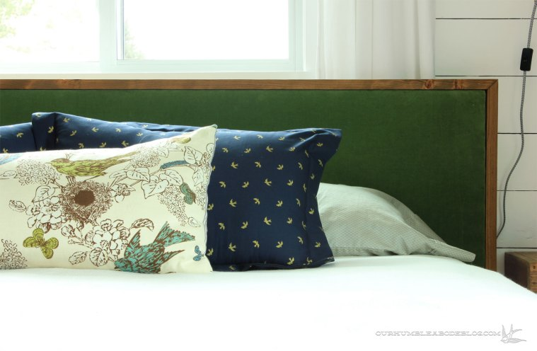 blue-pillow-sham-right-side